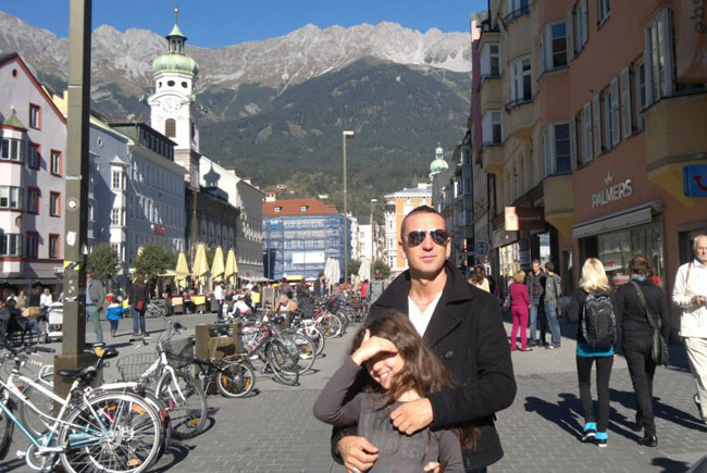 Allen a Innsbruck con sua sorella